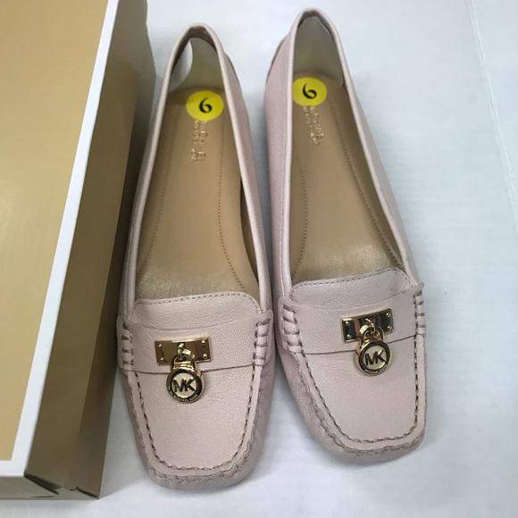 f3f510088c0 🔥Sale🔥Michael Kors soft pink Flat shoes size 9 NWT